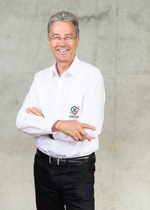 Dr. Jürgen Knöbel